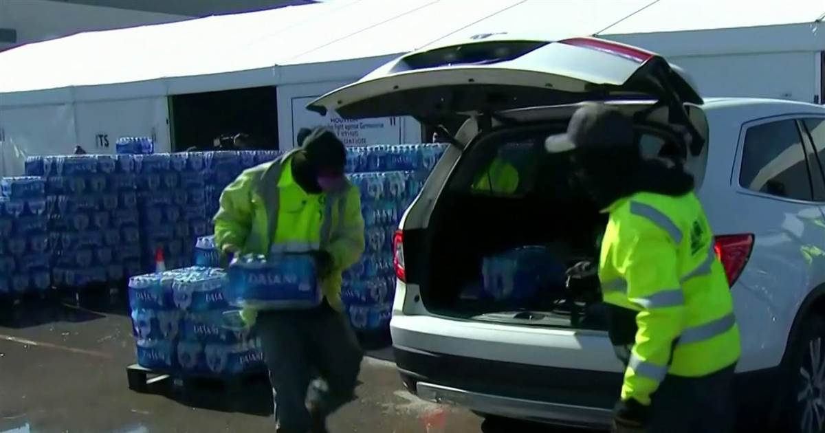 Millions in Texas composed desperate for water after energy crisis